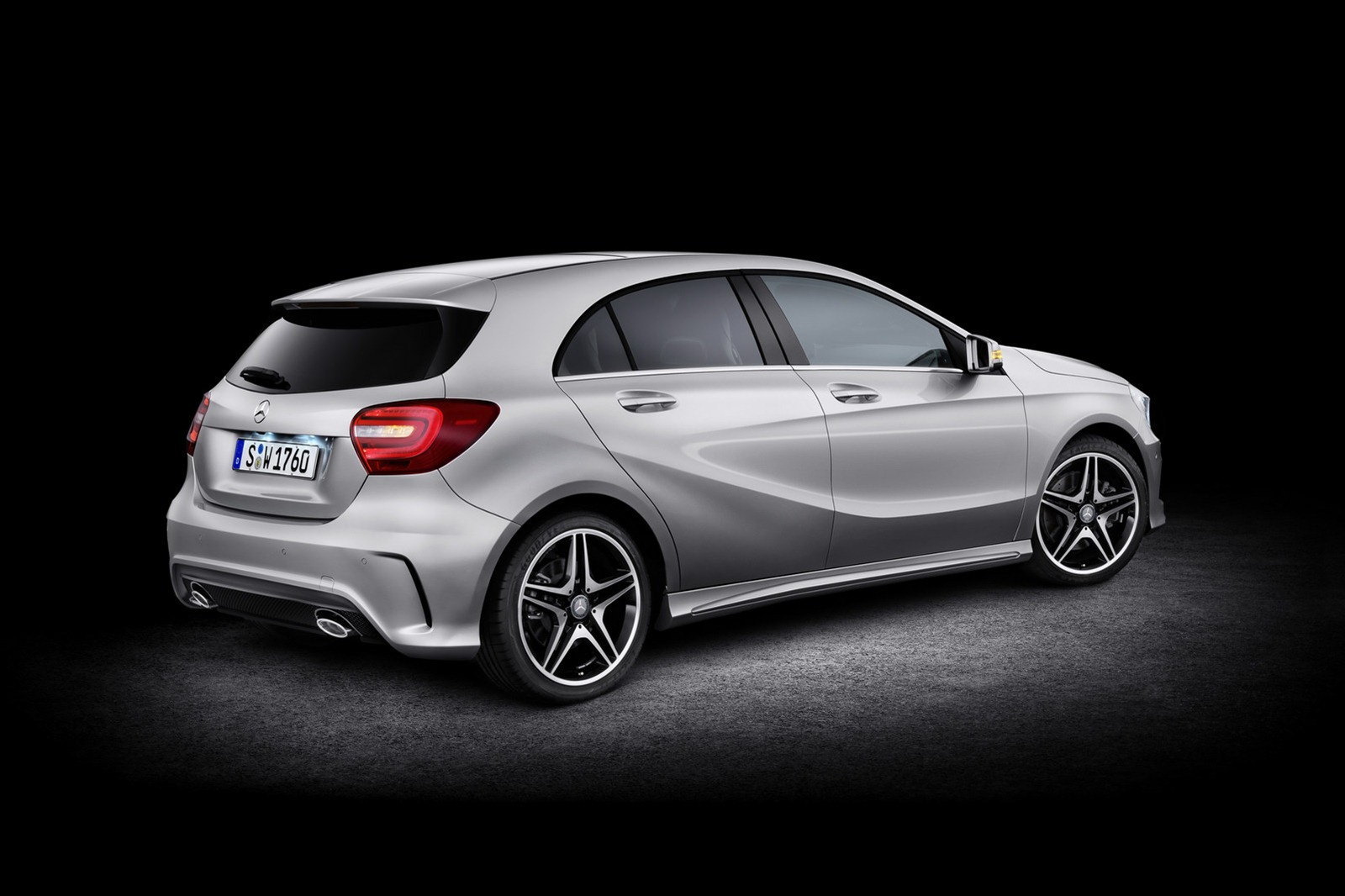 Mercedes New A Class Hatch Picture Gallery 24 Interior