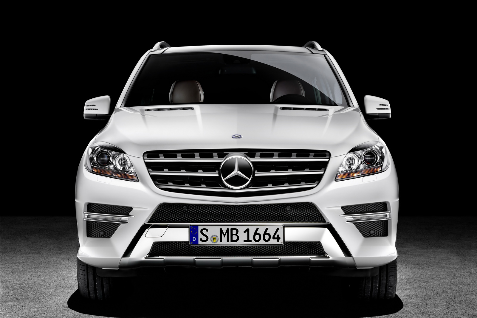 Mercedes to launch new m class in india in may for Mercedes benz m class mercedes suv