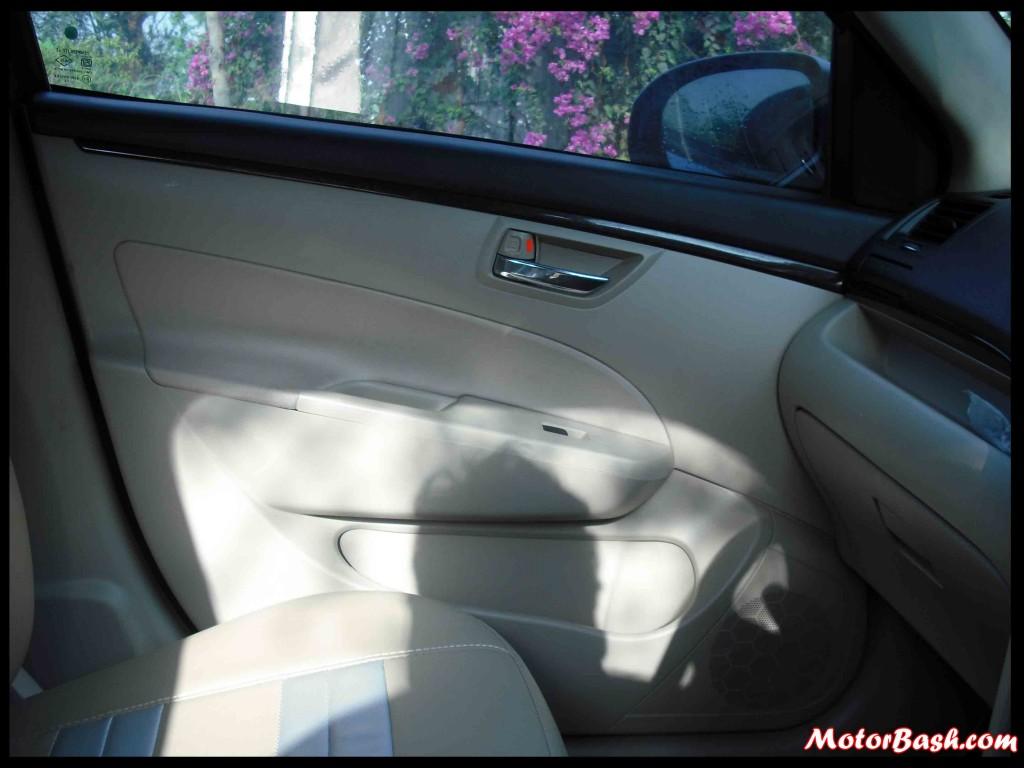 Maruti-Swift-Front-Doors
