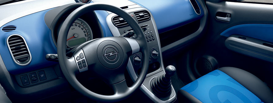 Opel Agila Interiors