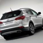 2013-Hyundai-Santa-Fe-Rear