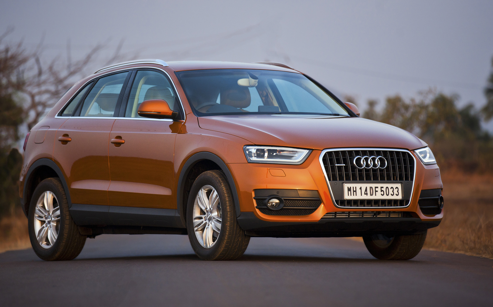 official audi q3 launched in india between. Black Bedroom Furniture Sets. Home Design Ideas