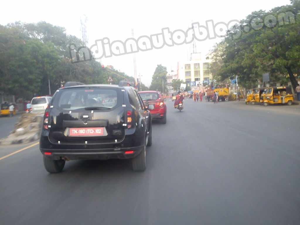 Renault Duster India test