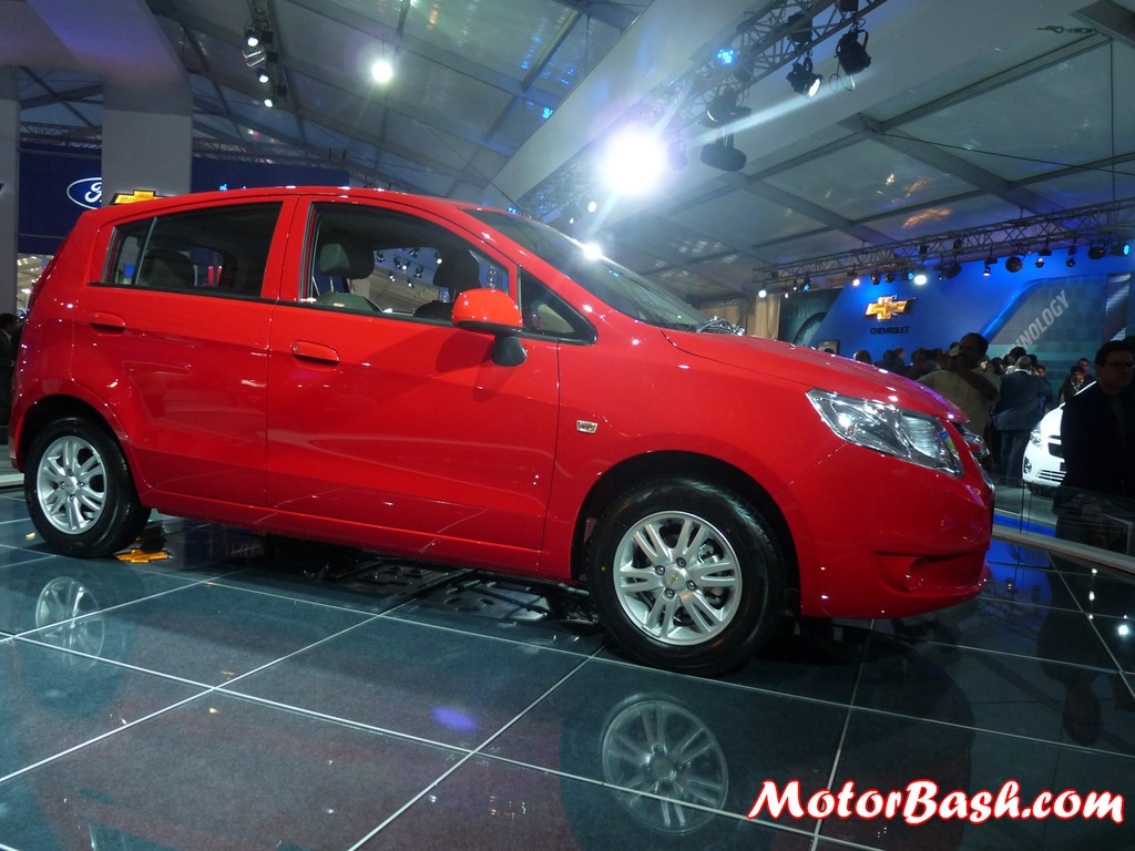 Chevrolet Sail UVA Hatch Would Come With a 1.2L Petrol ...