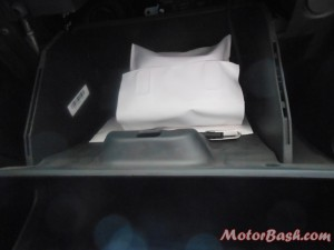 Figo_decent sized glovebox