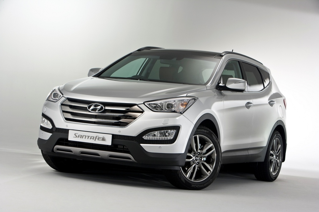 new hyundai santa fe launch by february 2014 aggressive price expected. Black Bedroom Furniture Sets. Home Design Ideas