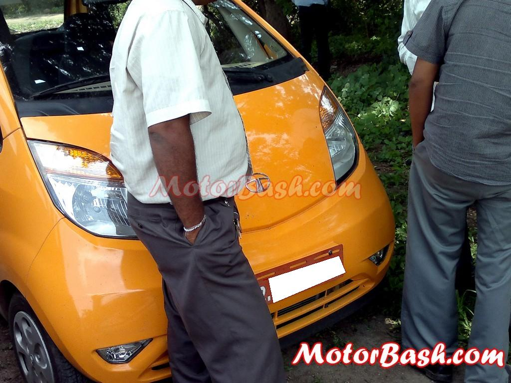 TATA_Nano_LHD_spied_By_MotorBash