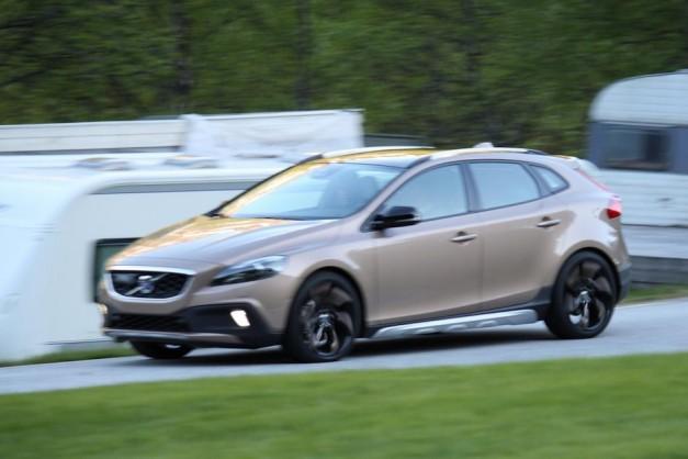 Volvo_XC40_Testing
