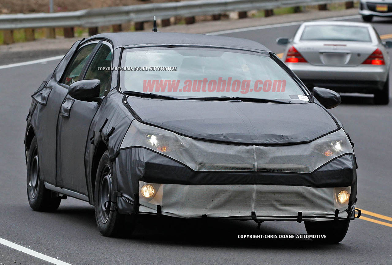 Scoop: 2014 Next-Gen Toyota Corolla Spied Testing in US