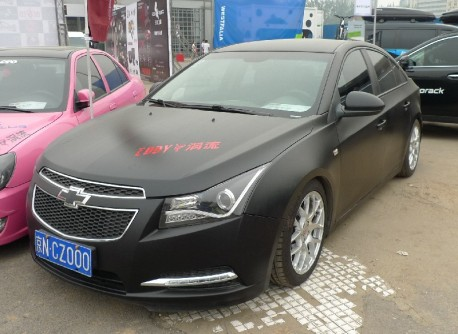 Matt-Black-Chevy-Cruze