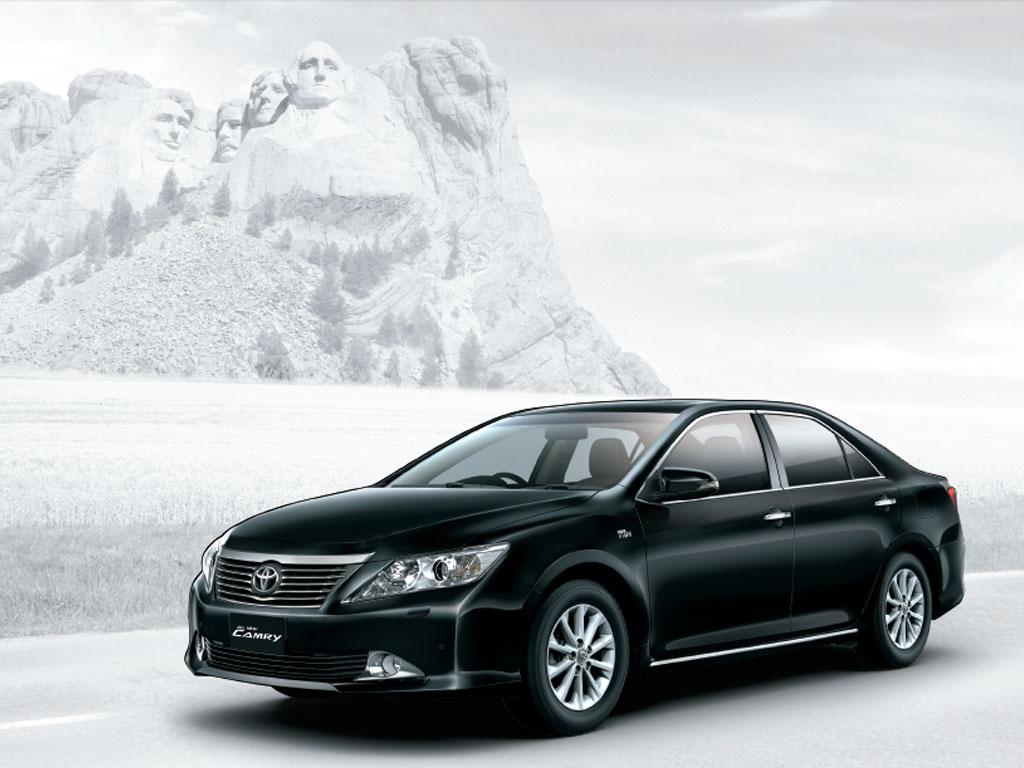 New-Toyota-Camry-Pics