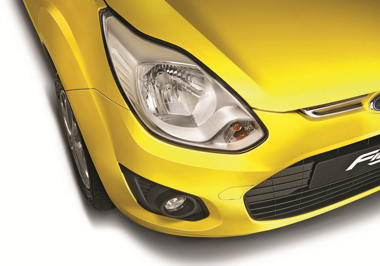 New_Figo-Headlamps