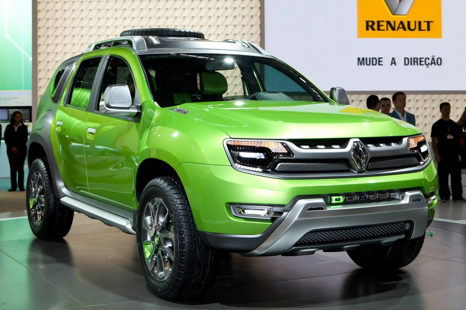 Renault has increased 1 lakh on duster current on road prices for Interieur nouveau duster