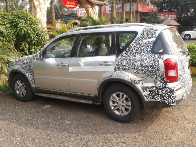 SsangYong-Rexton-Spied