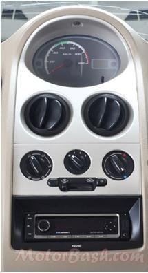 Tata-Nano-Special-Edition-Music-System
