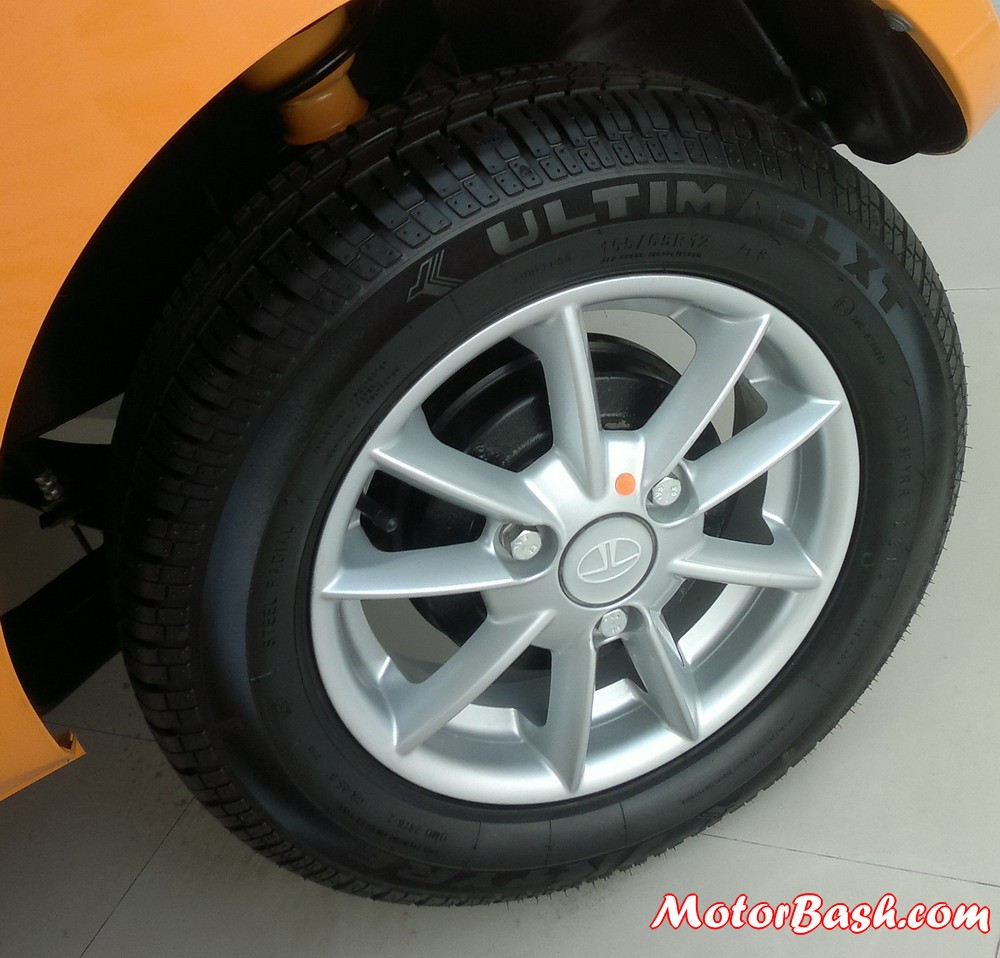 Tata_Nano_Special_Edition_Alloys