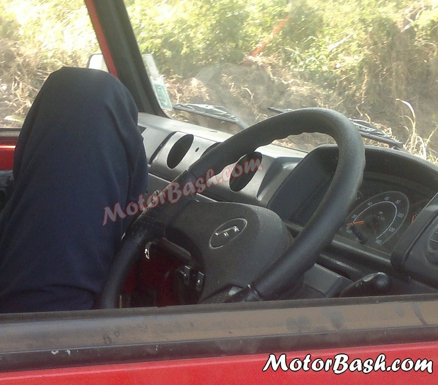 2013-Force-Trax-Gurkha-Interior