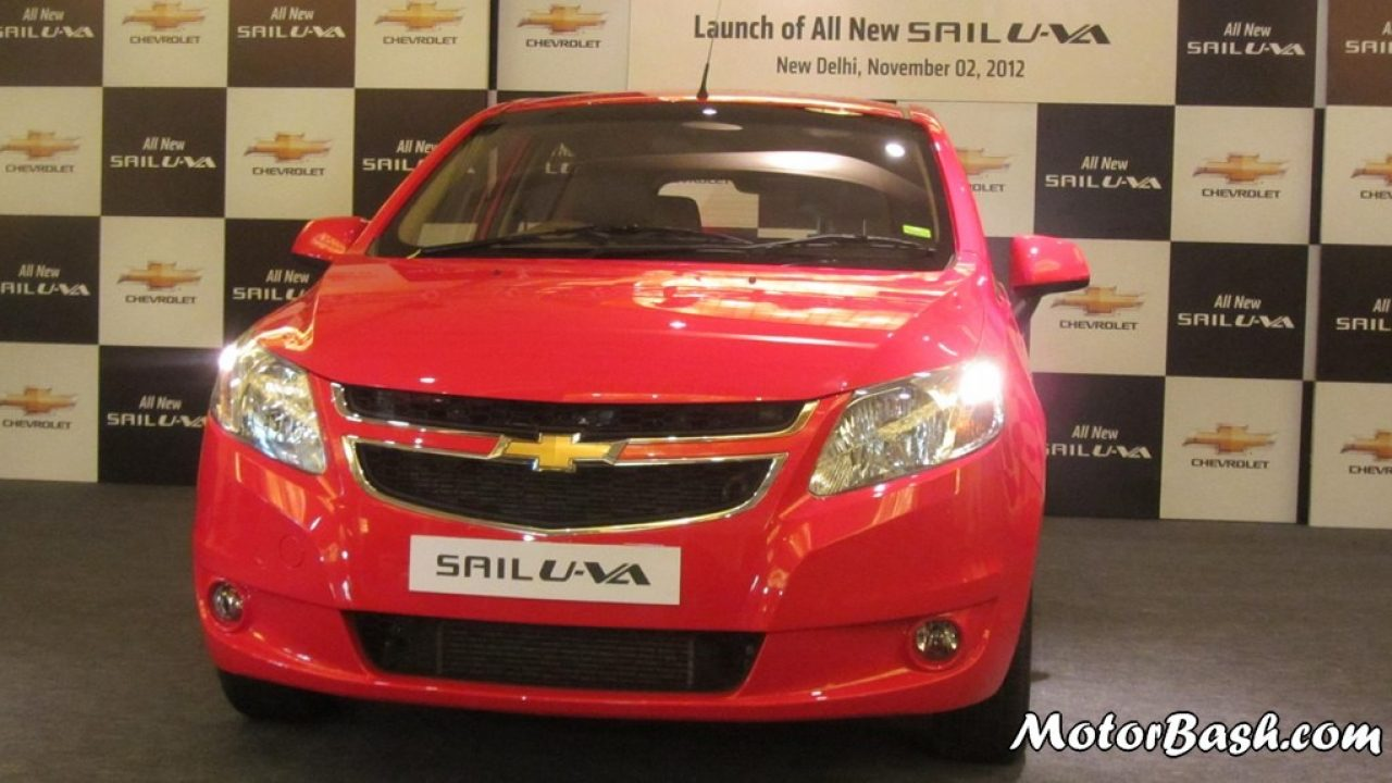 Chevy Slashes Sail Uva Hatch Prices By Rs 25000 On Road Prices