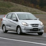 Honda-Brio-Amaze-Earthdreams-Picture (11)