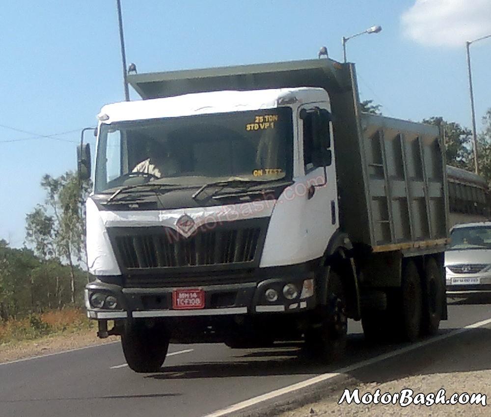 Mahindra Navistar 2 5ton Truck Spy1