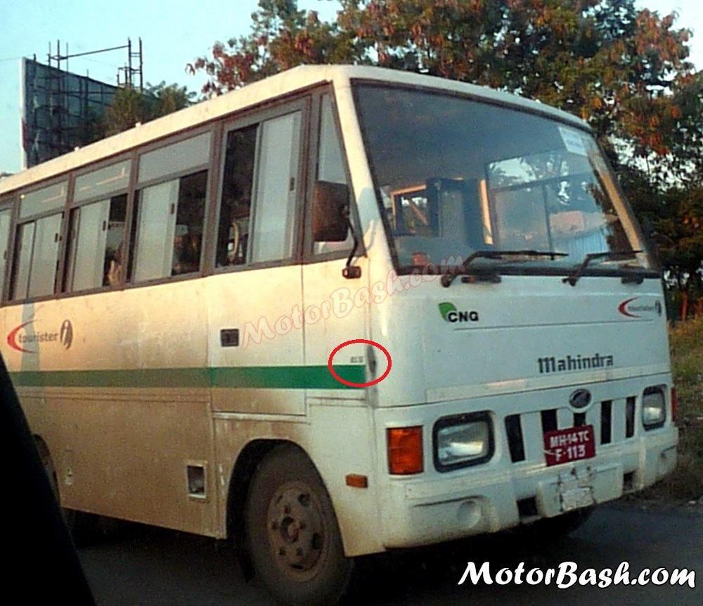 Mahindra-Tourister-CNG-25-BS4