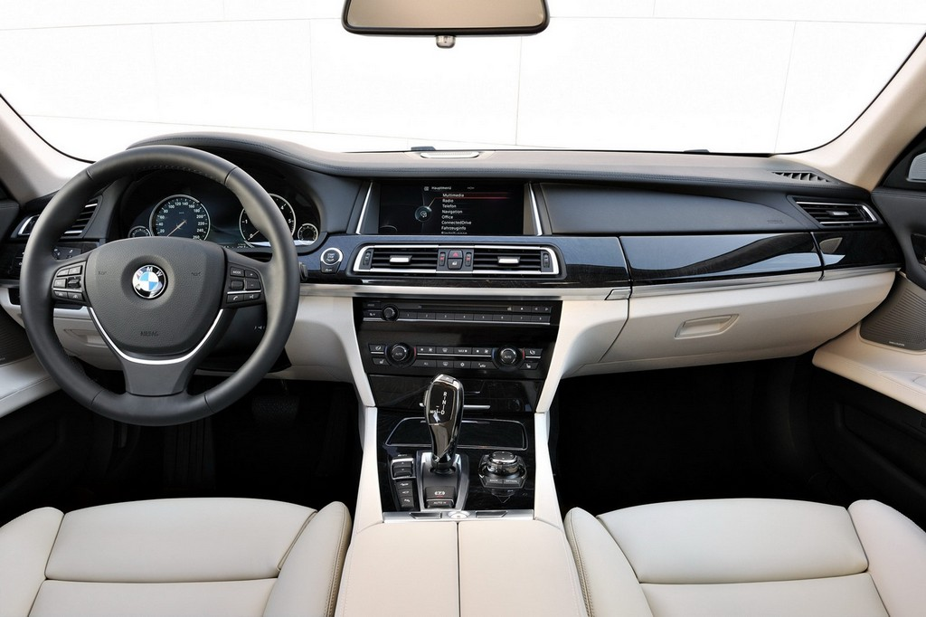 2013-bmw-7-series-Interior