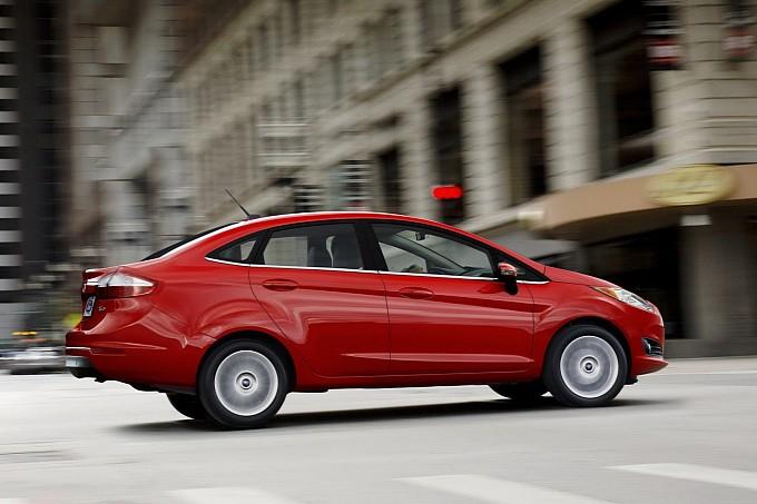 2014-ford-fiesta-4-door-sedan
