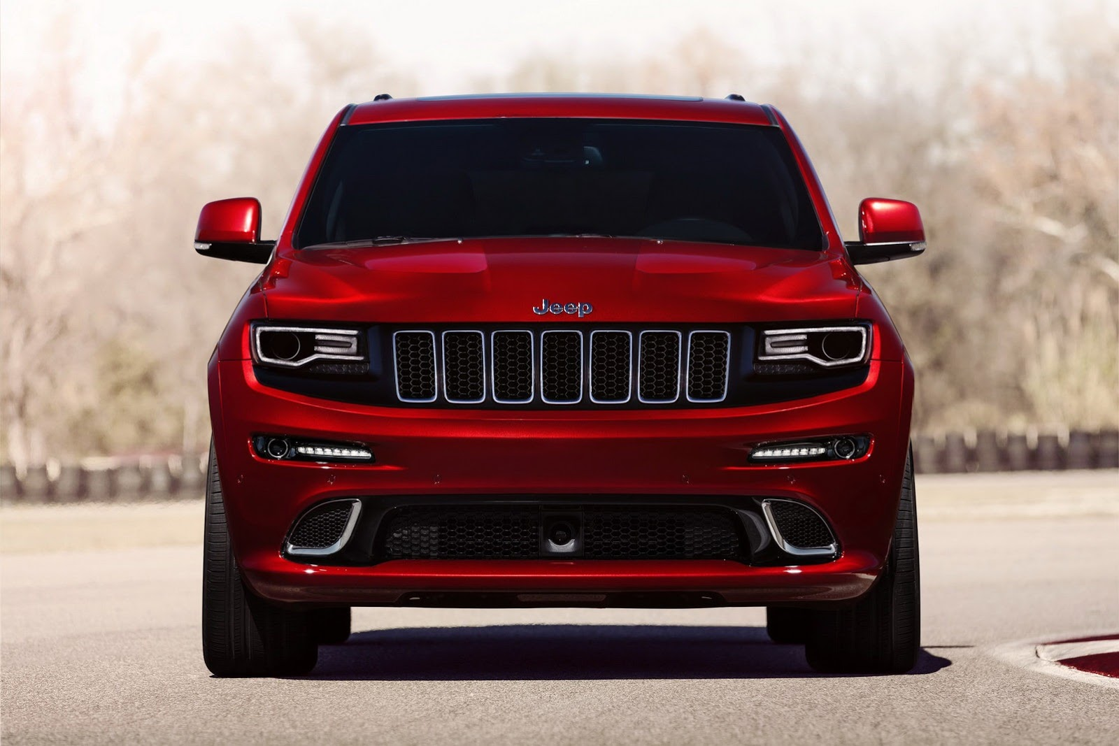 cherokee en quarters jeep news srt front motor three grand drive trend track