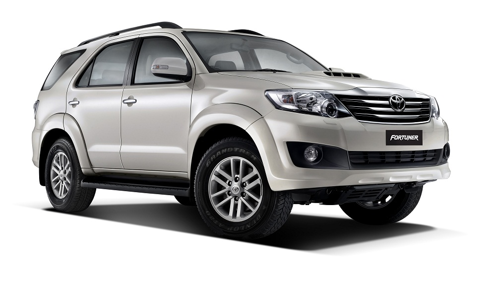 Fortuner-Pearl-white-mica