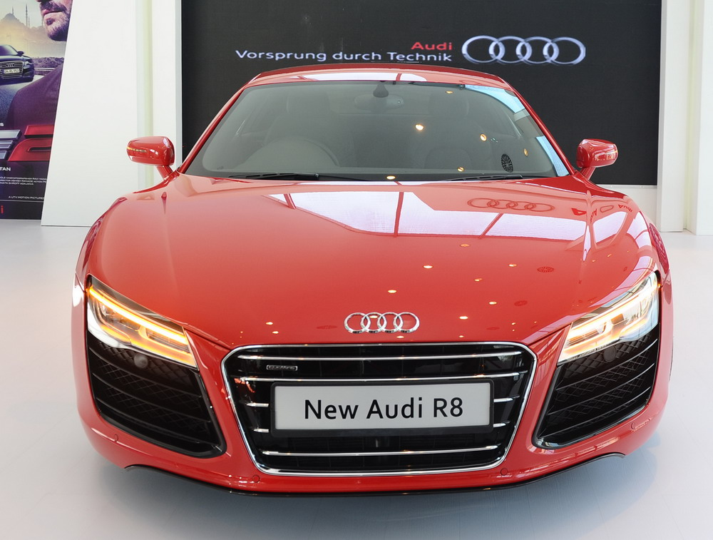 New-Audi-R8-Launch