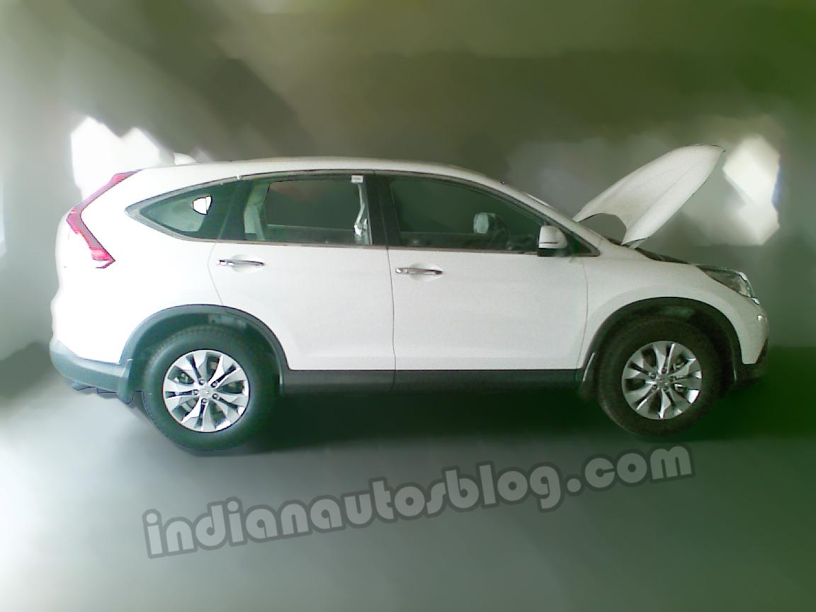 New-Honda-CR-V-India-side-view
