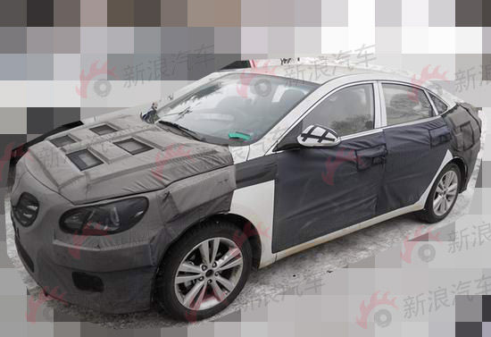 hyundai-mid-size-sedan-from-china (1)