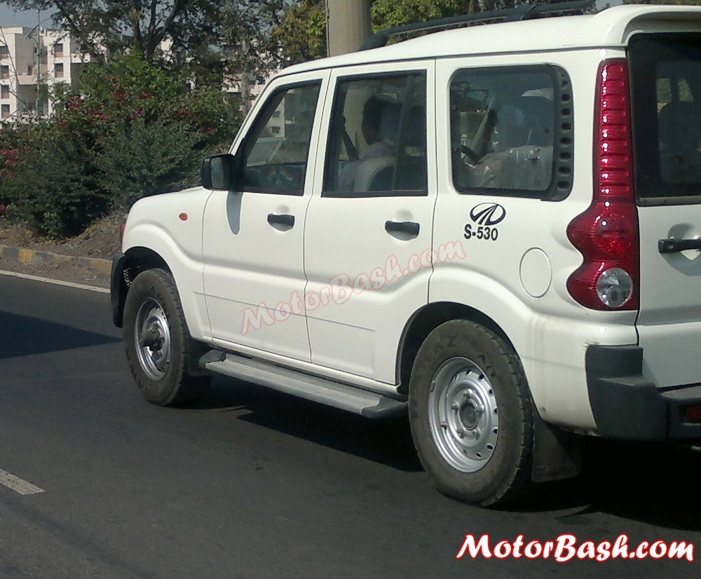 Mahindra-Scorpio-AT
