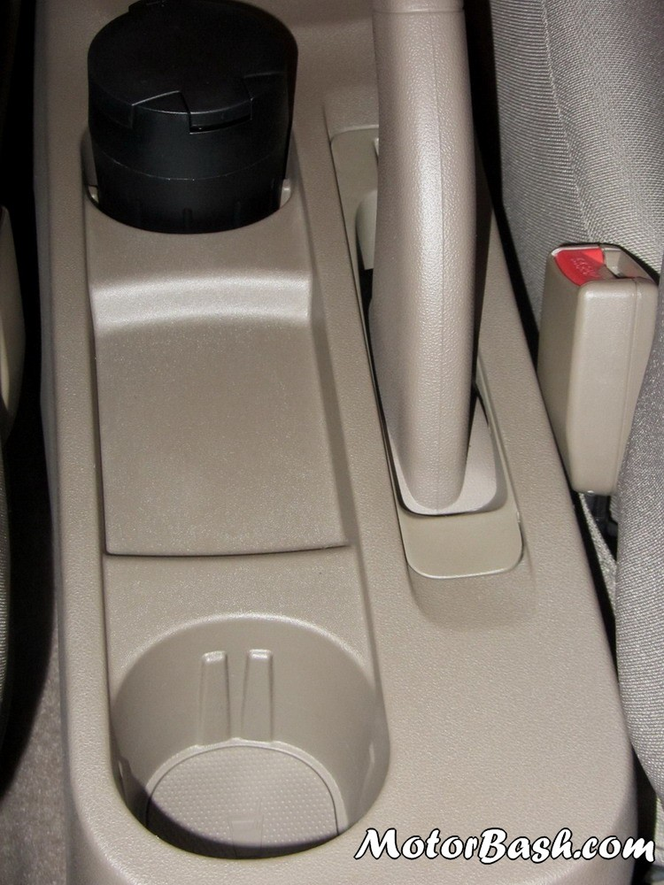 Sail Sedan Interior Checrolet-sail-sedan-interior