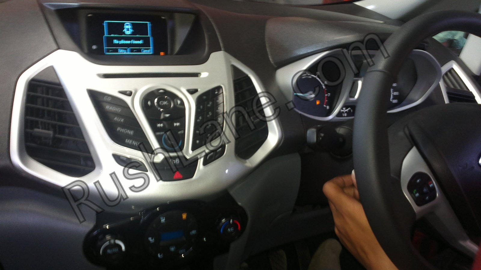 Ford-Ecosport-Ecoboost-Interiors