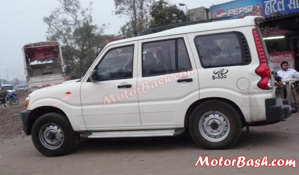 Mahindra-Scorpio-Automatic-4x4 (4)