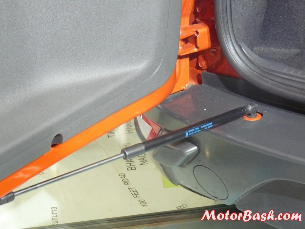 Ford-EcoSport-EcoBoost-Titanium_10
