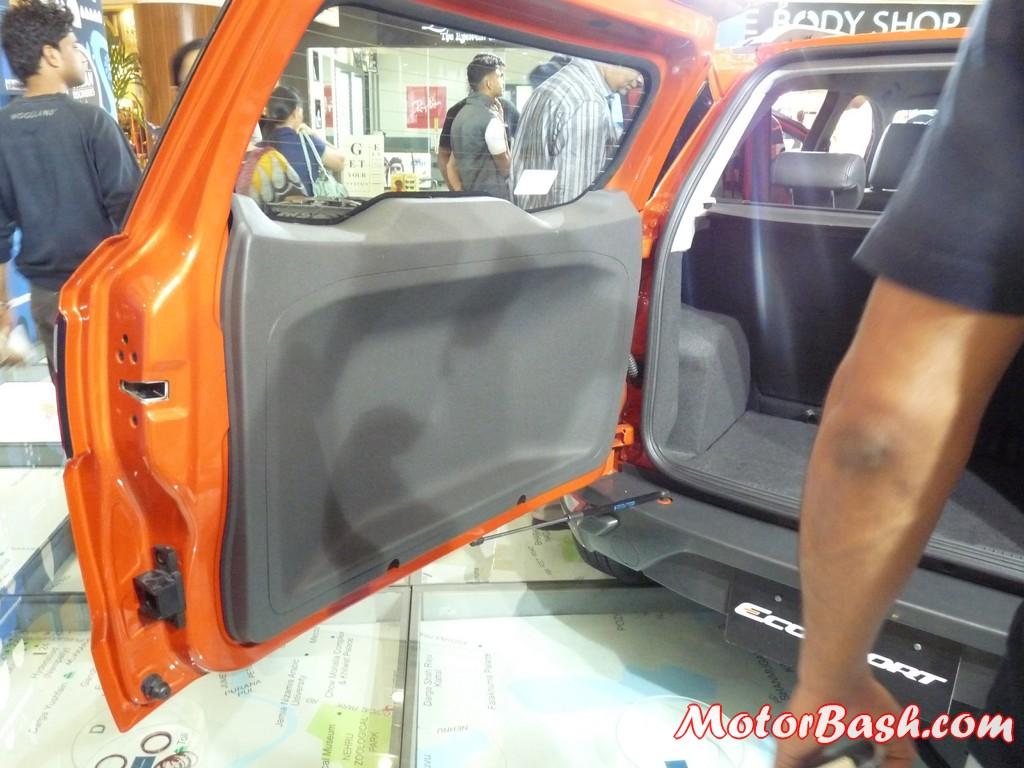 Ford-EcoSport-EcoBoost-Titanium_11