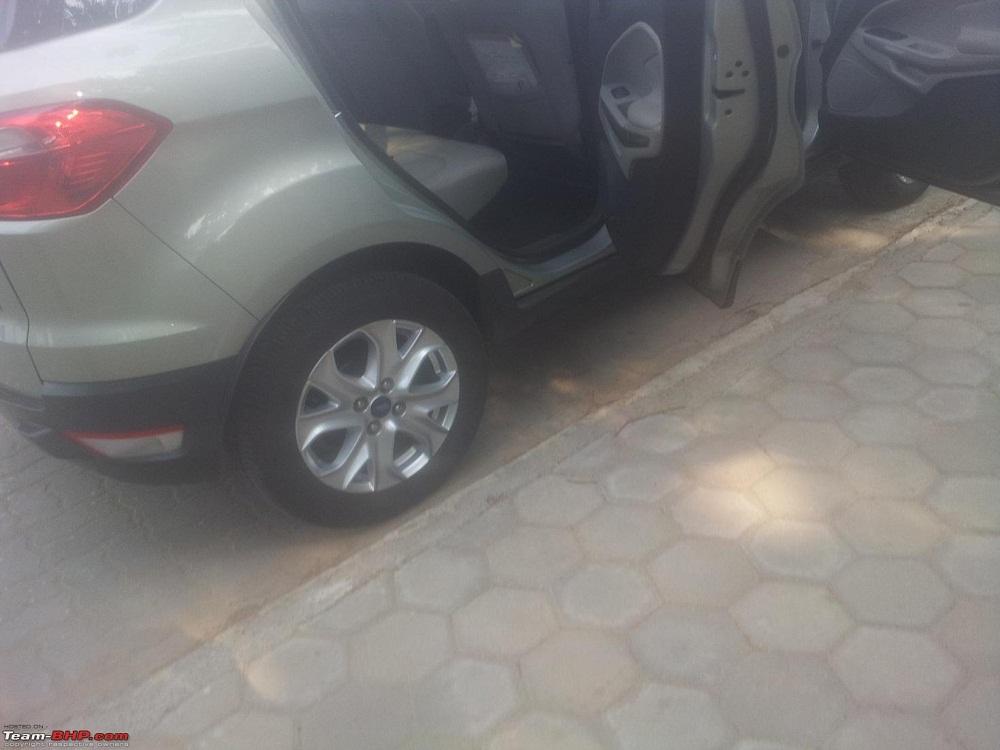 Ford-Ecosport-Interior-Beige (4)