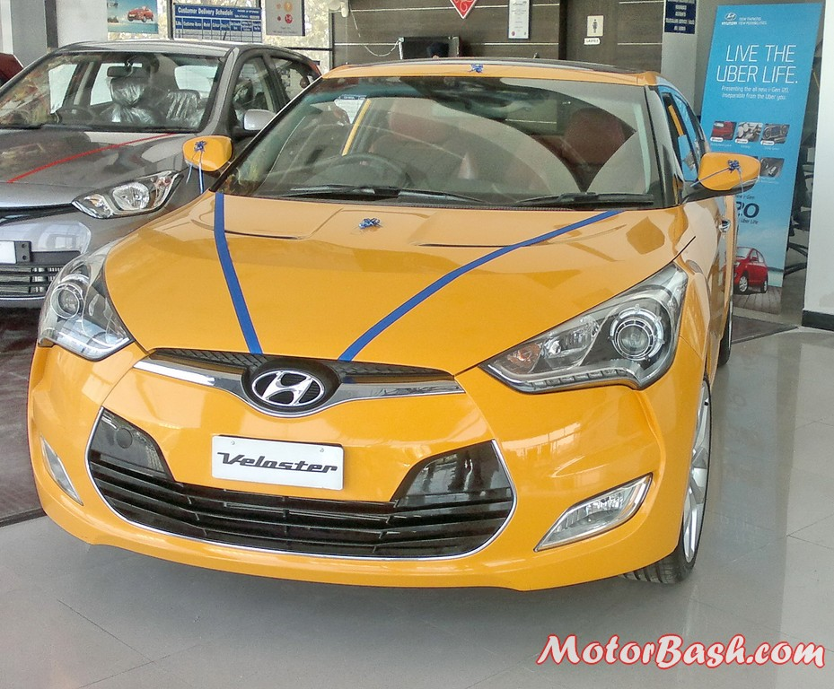 Hyundai-Veloster-India_15