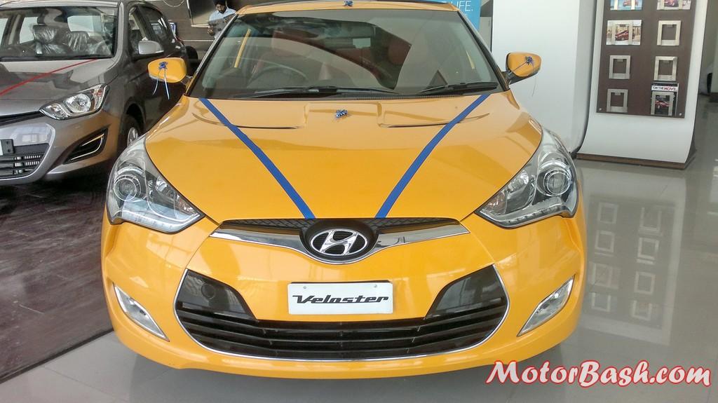 Hyundai-Veloster-India_16