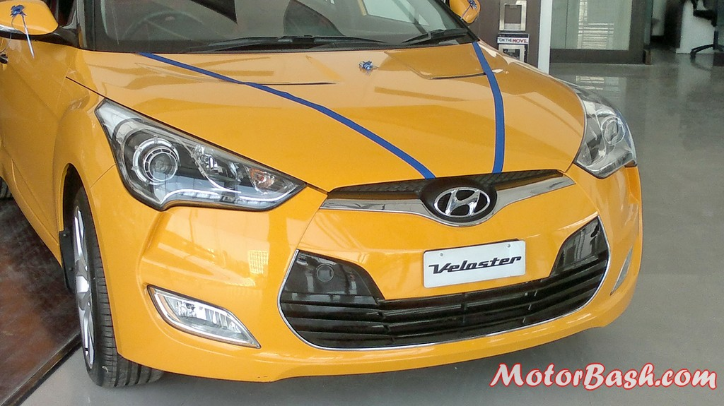 Hyundai-Veloster-India_26