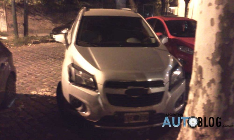 Chevrolet-Tracker (2)