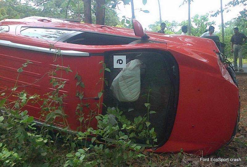Ford-EcoSport-Crash-Emergency-Assist (2)
