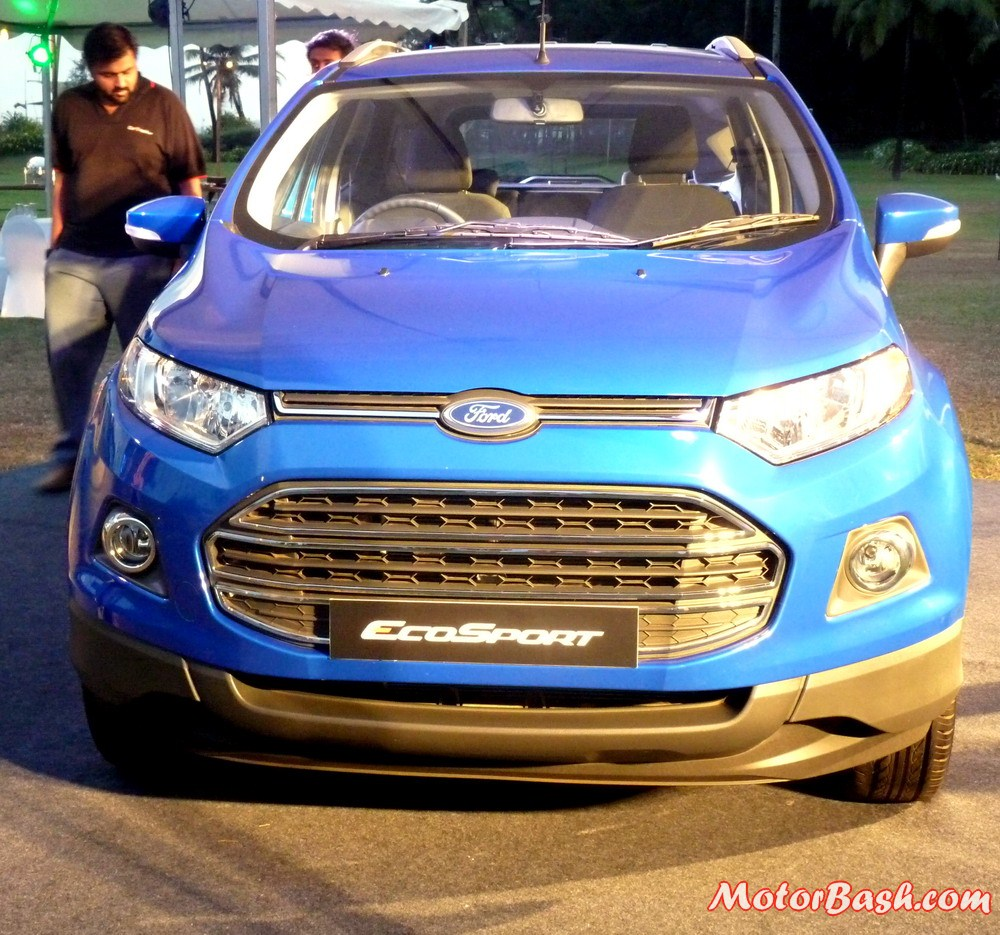 Ford-EcoSport-Automatic-Kinetic-Blue (1)