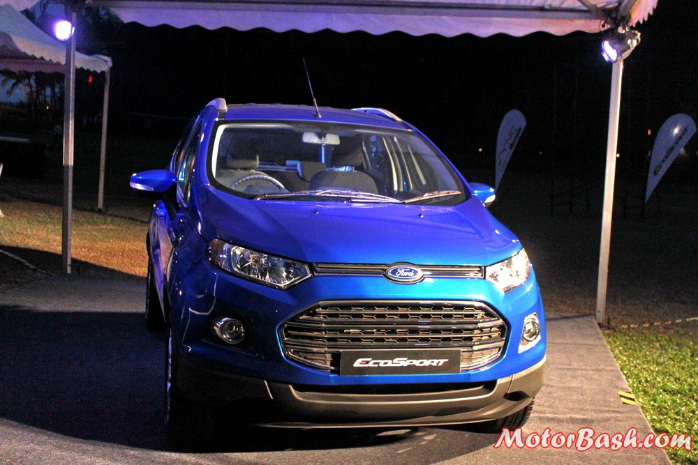 Ford-EcoSport-Automatic-Kinetic-Blue (2)