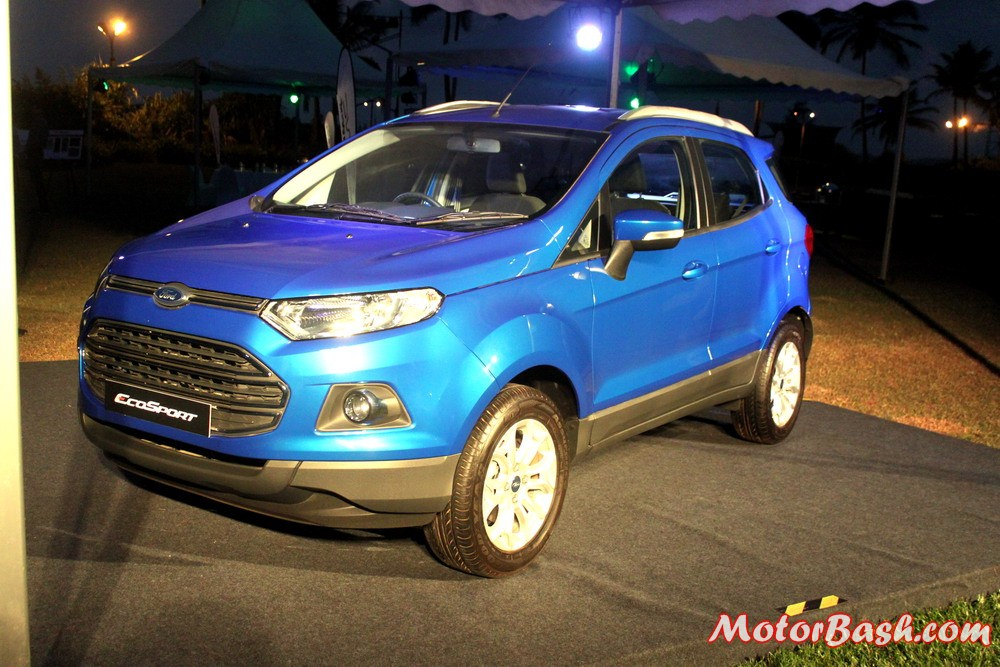 Ford-EcoSport-Automatic-Kinetic-Blue (3)