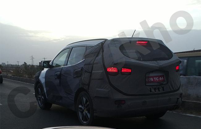 New-Hyundai-Santa-03