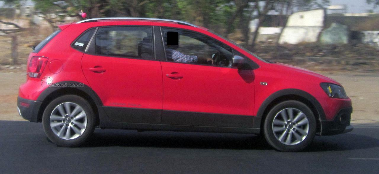VW-Cross-Polo-TDI-India (1)