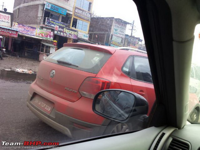 Volkswagen-Cross-Polo-India (2)